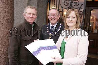 Joy Bond, Programme director with NORIBIC pictured with Cllr Brendan Curra, Chairman of the Economic Development Committee and Deputy Mayor of Newry adn Mourne District Council, John Feehan at the launch of the Business to Business (B2B) Connect programme. 05W5N9