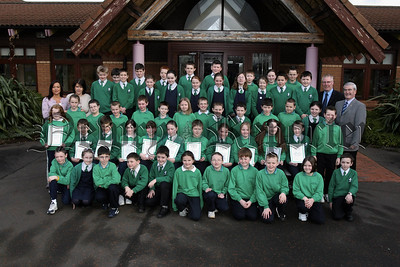 Primary 6 St Ronans Newry Pupils who received Newry Lions Sponsored Swim certificates from Tony O' Hare.