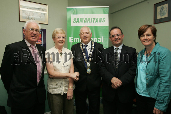 Mayor Michael Cole meets Maura Grant from Newry Samaritans, also pictured are, Paddy Mallon, Dominic Bradley MLA and Caitroina Ruane Minister for Education. 07W30N20