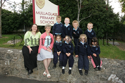 Pictured with their Teacher Elizabeth Ward and Classroom Assistant Belinda Murtagh are the new Primary 1 pupils from Mullaghglasss Primary School. 07W37N19