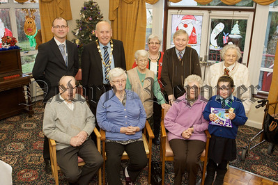 Caitlin Watters from Killean PS is pictured with residents of Cloughreagh House. 10W51N8