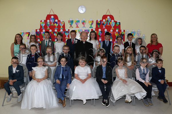 FIRST HOLY COMMUNION FOR ST DALLANS PUPILS