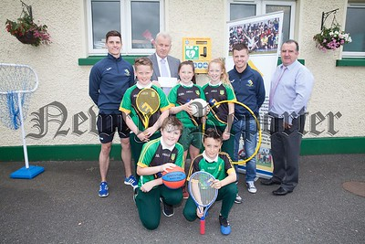Pupils from St Patrick's have accepted a Defibrillator from the Eamon Morgan Trust. Pictured with the pupils are Declan and Kevin Morgan with Principal Ciaran Mackin and VP Damien Ruddy. R1725055
