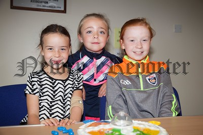 Ashley Mackin, Lily Rose Caherty and Katie Golloghy. R1731004