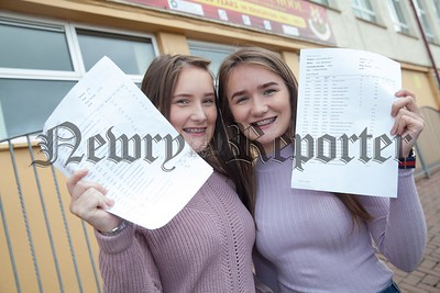 Aoife and Aine McParland. R1735016