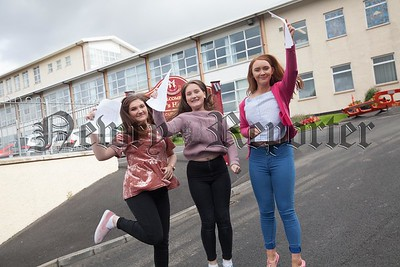Emma McAleenan, Hollie Hughes and Aoife Mcparland. R1735015