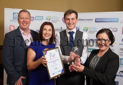 19.	Best Use of Technology Award – Specsavers Newry 	Highly Commended – Records Doctor 	Highly Commended – Bluezone Technologies Sponsored by BT