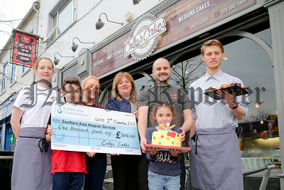 COLLY'S CAKES PRESENT CHEQUE TO S.A.HOSPICE