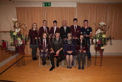 Students Matthew Boyle, James Reavey, Patrick Kenny, Ann Carr, Daniel Quinn, Mairead Campbell and Sarah Mc Manus who received individual Silver President's Award. R1749005
