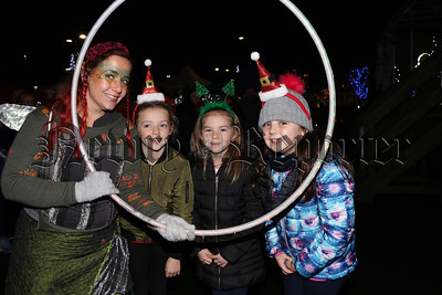 SANTA ARRIVES IN WARRENPOINT TO SWITCH ON THE CHRISTMAS LIGHTS