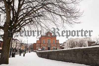 Newry City Hall. R1810006