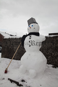A snowman in Pool Lane Newry. R1810014