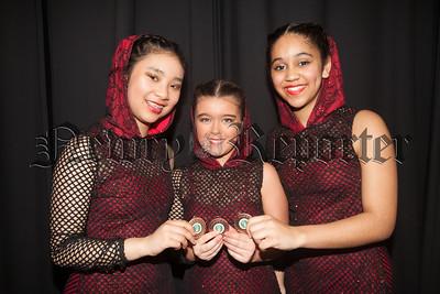 Arianna Goh, Mollie Magee and Gabriella Deacosta. R1816015