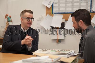 David Meade chats to Donal McMahon. R1816008