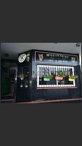R1802110-spain pub