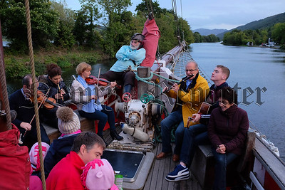 Iúr Cinn Fleadh in full swing in September on Newry Canal. Photograph: Columba O'Hare/ www.newry.ie