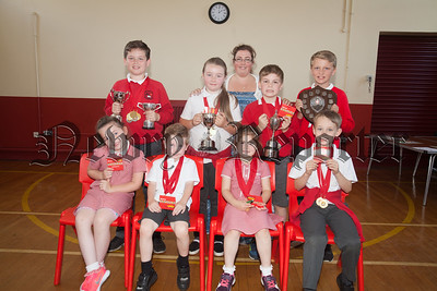 Bessbrook PS end of year awards. Pictured with Principal Larissa Hunter is the Top Academic Achievers. R1826013