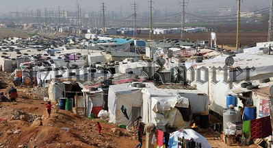 R1826123 syrian refugees