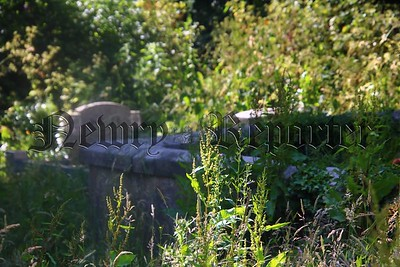 R1830119 - Riverside Cemetery 1