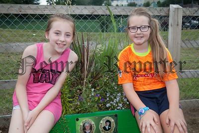 Amy and Dearbhla. R1830007