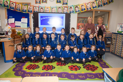 Mrs Cribben and Mrs Doyle's Primary 1 class at St Clares Abbey PS. R1839011