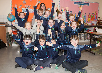 Primary 3 Pupils at St Paul's Ps Cabra are pictured with their Teacher Janice Truesdale. R1849004