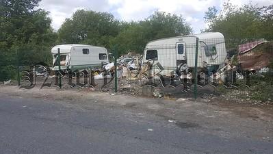 R1926110 Dumping2.jpg