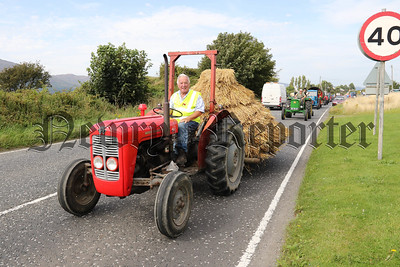 ROSTREVOR & DISTRICT VINTAGE TRACTOR CLUB THRESHING DAY FOR S.A.HOSPICE