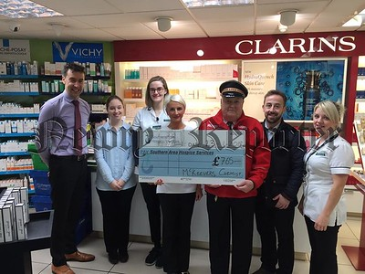 R1906105 Mckeevers Cheque Pic.jpg