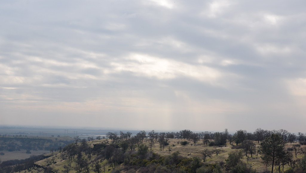 . Partly cloudy skies with a few area showers are seen from Neal Road below Paradise, Calif. Thurs. Jan. 4, 2018.  (Bill Husa -- Enterprise-Record)