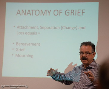 "Ric Newton, grief educator talks about ""Coping with the Holidays in the Midst of Change and Loss"" during a meeting at the Lakeside Pavillion in Chico Calif. Tues. Nov. 15, 2016. (Bill Husa -- Enterprise-Record)"