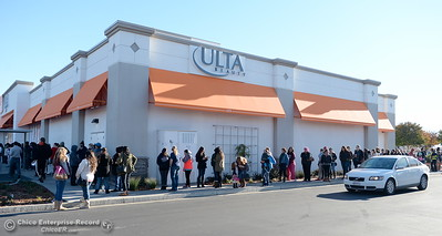 "Customers wrap around the new ULTA Beauty store on Dr. Martin Luther King Jr. Parkway., in anticipation of a free ""beauty treat."" Each day, Friday through Sunday, the first 100 guests were promised a free gift in lieu of the Chico locations grand opening. Friday Dec. 2, 2016.  (Bill Husa -- Enterprise-Record)"