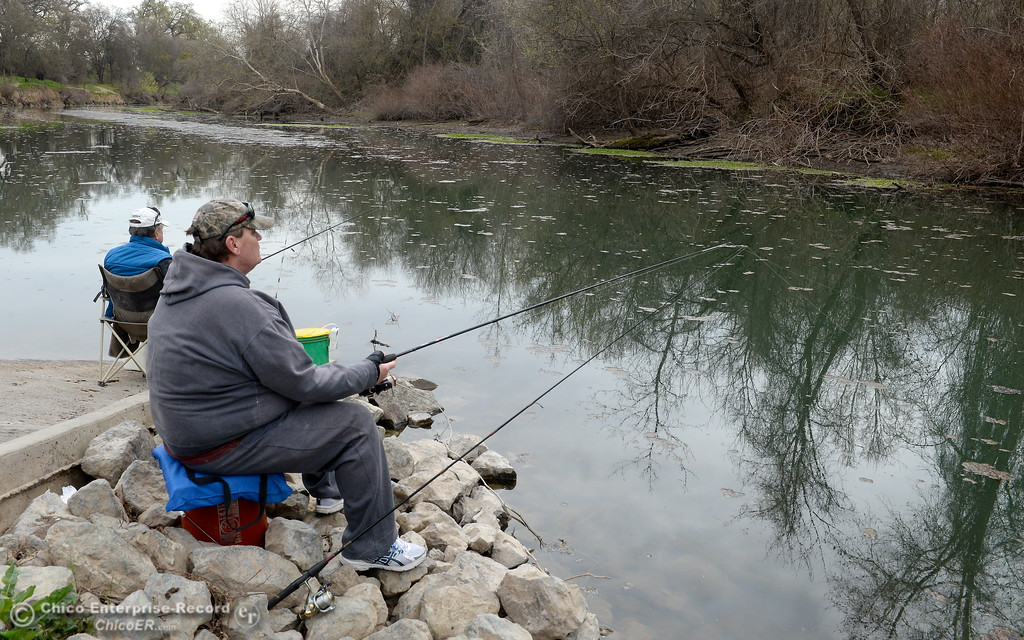 . Father and son Lee left and Ed Tourville of Magalia spend a little time fishing for minnows to use for bait near the Pine Creek Boat ramp before heading out to fish for stripers in Chico, Calif. Friday March 9, 2018. (Bill Husa -- Enterprise-Record)