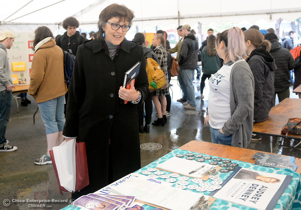 . CSUC President Gayle Hutchinson talks with students during the CSUC Great Debate at City Plaza in downtown Chico, Calif. Friday, April 6, 2018. (Bill Husa -- Enterprise-Record)
