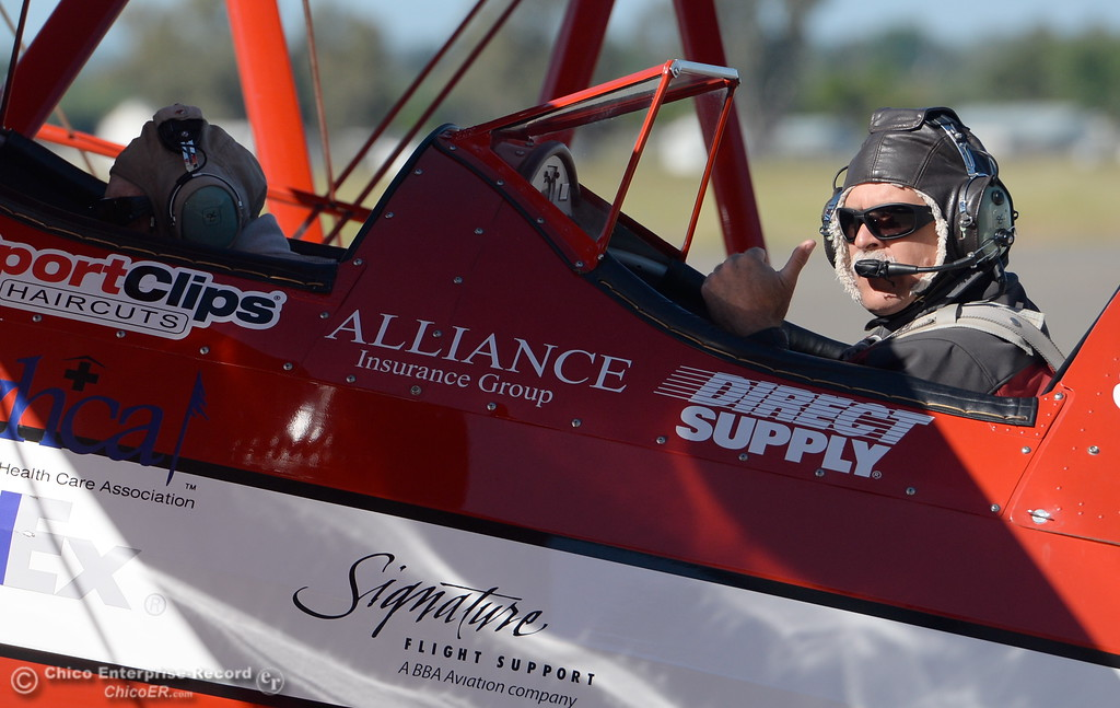 . Pilot Chris Culp gives a thumbs up as he and 95-year-old Keith Rucker of Paradise take a ride in a Boeing Stearman for an Ageless Aviation flight Tuesday May, 1, 2018.   (Bill Husa -- Enterprise-Record)