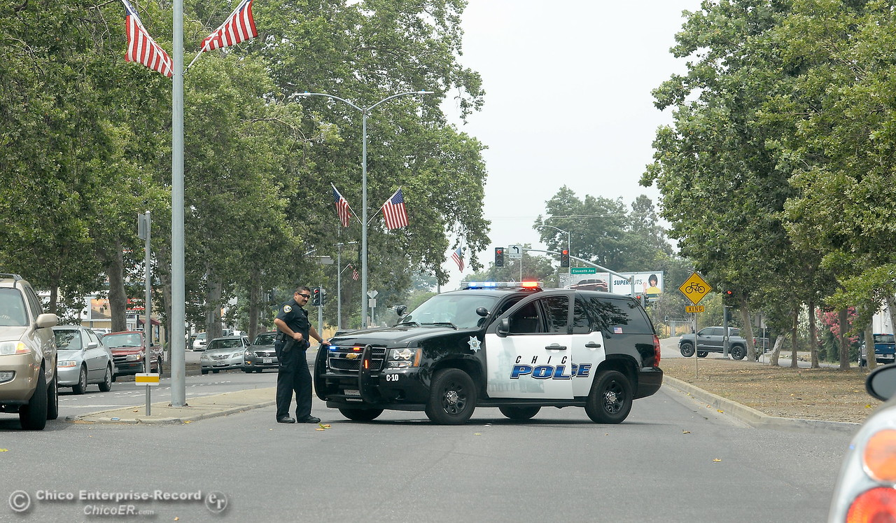 A section of The Esplanade is blocked by police after reports of a shooting near Cohasset Road in Chico, Calif. Wed. June 7, 2017. (Bill Husa -- Enterprise-Record)