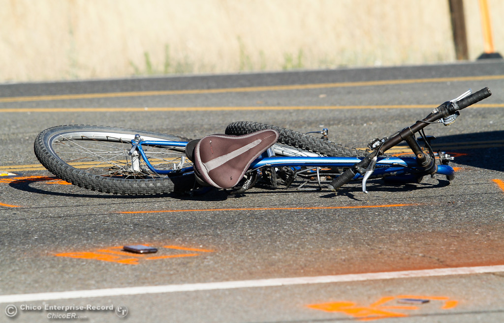 . Chico Police Department investigates a vehicle vs. bicycle accident along Cohasset Road near Thorntree Drive in North Chico Friday July 21, 2017 in Chico, California.   (Emily Bertolino -- Enterprise-Record)
