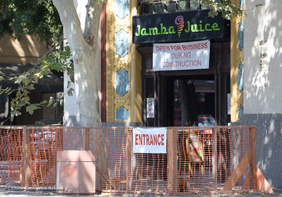 An outdoor dining area looks to be under construction in front of the Jamba Juice building on Broadway St. in Chico, Calif. Wednesday Sept. 7, 2016.  (Bill Husa -- Enterprise-Record)