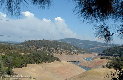 Smoke from the Ponderosa Fire is seen from Lake Oroville near Lime Saddle Marina burning in an area above Oroville, Calif. Tues. Aug. 29, 2017.  (Bill Husa -- Enterprise-Record)