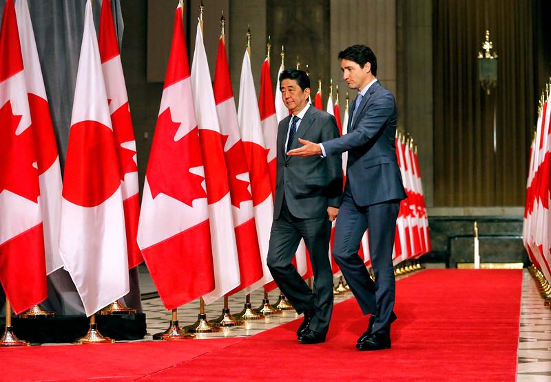 Shinzo Abe, Justin Trudeau