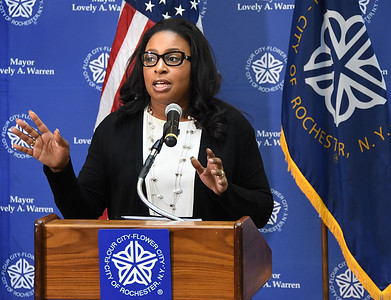 Mayor announces online records access process. 3/16/2017