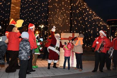 Mayor lights Liberty Pole with help from Santa. 12/3/2016