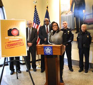 Mayor terminates red light camera program. 12/1/2016