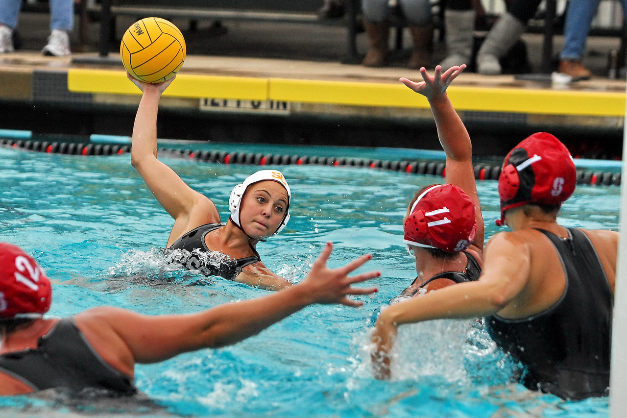 "The NCAA Women's Championships took place mid-May with final games on the 16th. Congratulations to USC who took the gold over Stanford.  Click here to see <a href=""/share/IDACcxDbARS8E"">championship day galleries</a>.  The San Diego County Cup XVII wrapped up on the 2nd of May. It was a sunny day with lots of great competition.  <a href=""/share/mGVqzoemcKWos"">Click here</a> to see all of the 8th & 6th grade gold and bronze medal games.  Note: Not including the thumbnail photos in each gallery, MyWaterPoloPics.com photos were viewed 137,807 times in April."