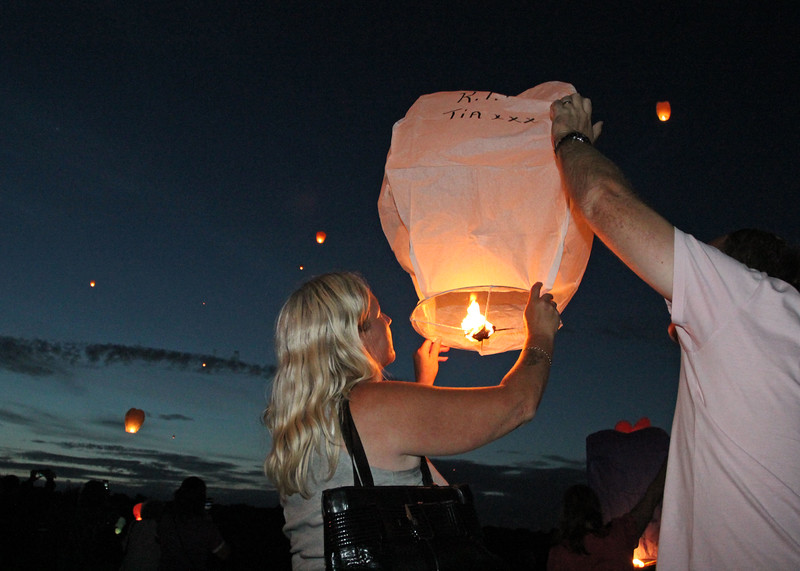 Lanterns for Tia Sharp