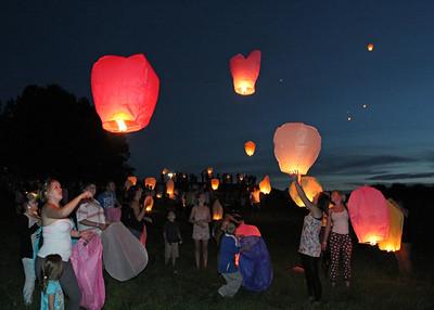 Lanterns for Tia Sharp