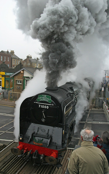 First Steam Train for years at Reigate Station