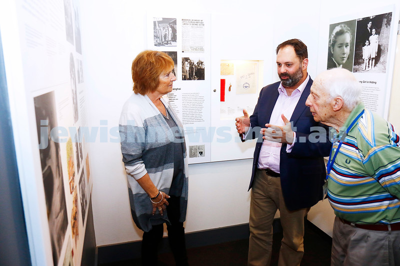 12-5-17. Jewish Holocaust Centre. Checque presented for $750,000 from the State government By Philip Dalidakis. From left:  Helen Mahemoff, Philip Dalidakis, Joe De Haan. Photo: Peter Haskin