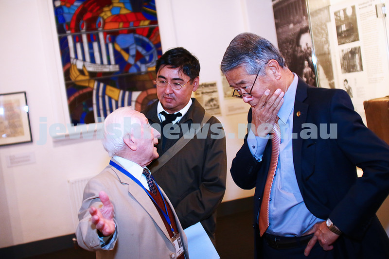 7-4-16. Politicians visit the Holocaust Museum in Melbourne. Photo: Peter Haskin