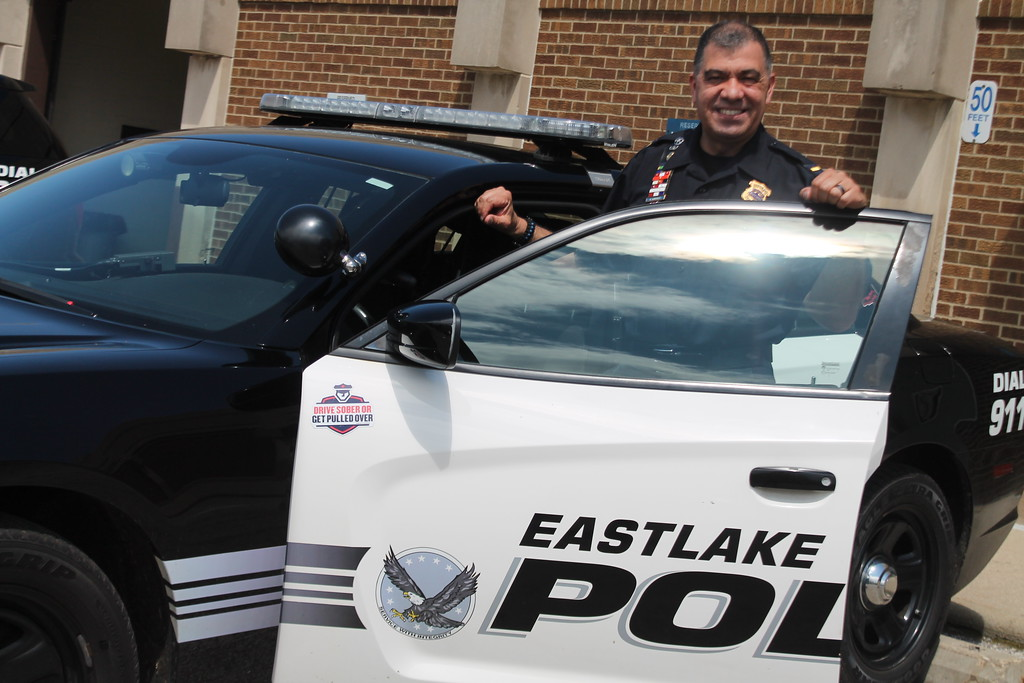 . Kristi Garabrandt � The News-Herald <br> Detective Lieutenant Robert Gonzalez retires after 29 years with the Eastlake Police Department.